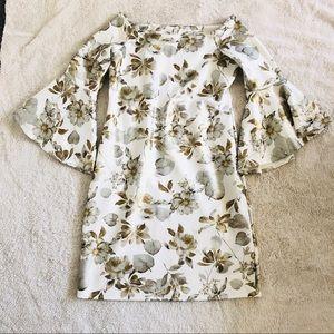 Off the shoulder bell sleeves floral dress